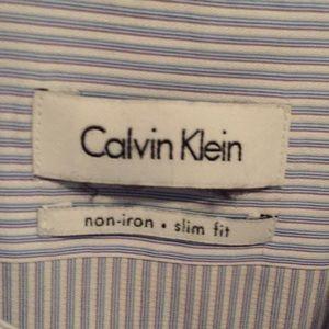 Men's Calvin Klein non iron slim fit 17 1/2, 32/33